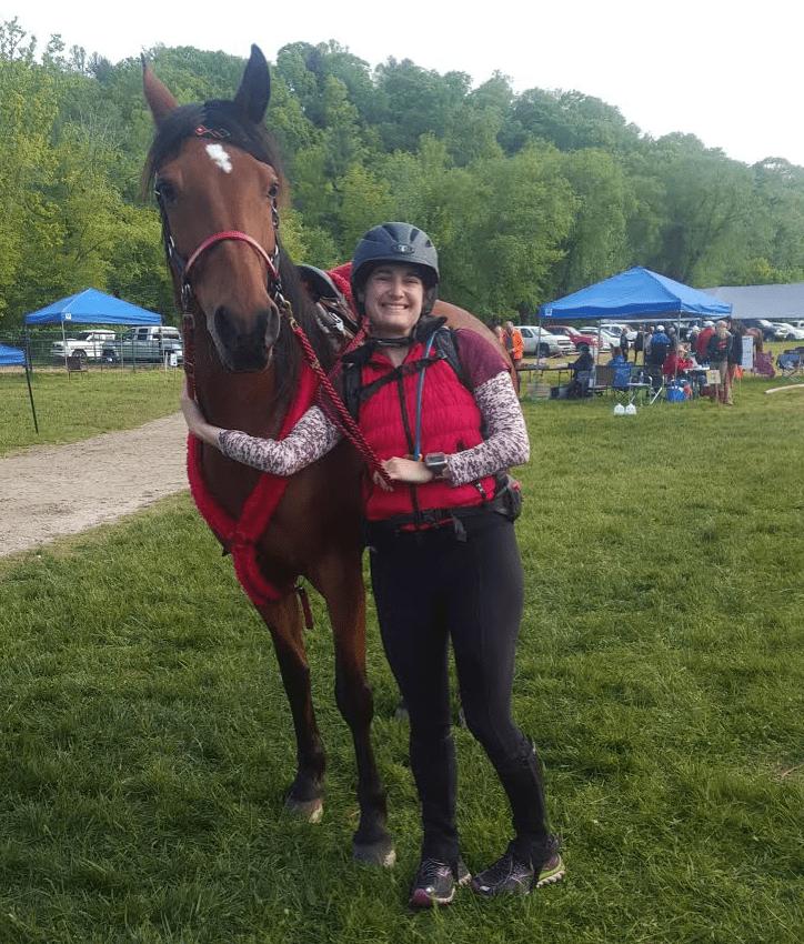 Full Sheepskin Endurance Round Skirt Saddle Pad ThinLine Customer Review Sara Borkosky